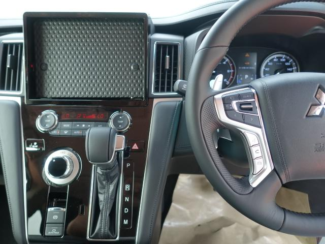 G パワーパッケージ /4WD/8人乗り/ナビ取付パッケージII/両側パワースライドドア/LEDヘッドライト/ステアリングリモコン/全方位カメラモニター/登録済み未使用車(15枚目)