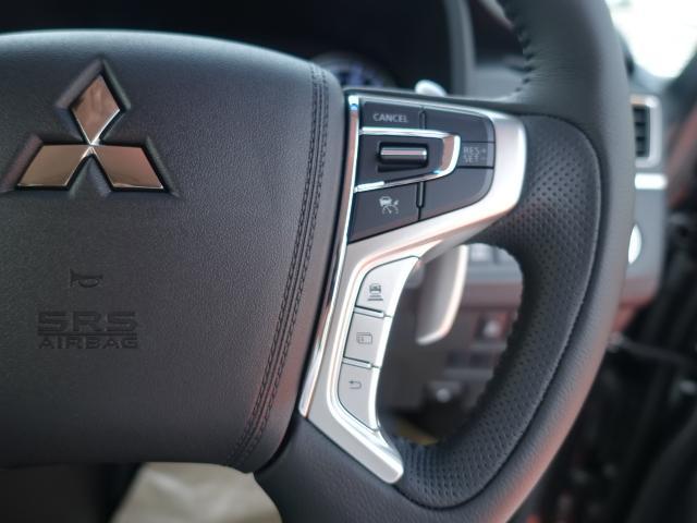 G パワーパッケージ /4WD/8人乗り/ナビ取付パッケージII/両側パワースライドドア/LEDヘッドライト/ステアリングリモコン/全方位カメラモニター/登録済み未使用車(18枚目)