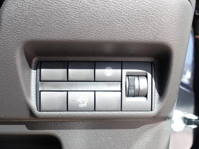 X /バックカメラ/オートエアコン/プッシュスタート/専用アルミ/衝突被害軽減ブレーキサポート/届出済未使用車(16枚目)