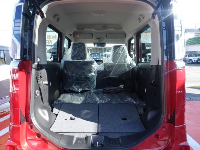 ハイブリッドXS /全方位/両側パワースライドドア/サーキューレター/LEDヘッドランプ&フォグランプ/ハーフレザー/オートエアコン/専用アルミホイール/プッシュスタート/衝突被害軽減ブレーキサポート/届出済未使用車(11枚目)
