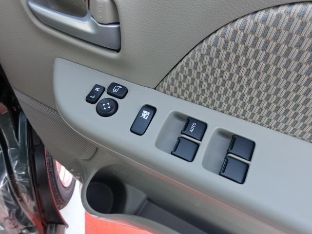 PZターボ /ハイルーフ/衝突被害軽減ブレーキ/スマートキー/片側パワースライドドア/LEDヘッドライト/オートエアコン/フォグランプ/アルミホイール/届出済み未使用車(12枚目)