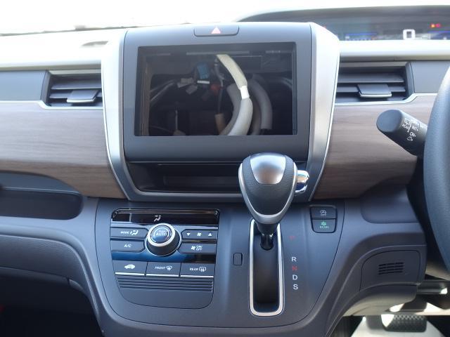 G・ホンダセンシング /ナビスペシャル/衝突被害軽減ブレーキ/両側電動スライドドア/ステリングスイッチ/バックカメラ/ETC/USB充電/クルーズコントロール/アイドリングストップ/登録済未使用車(17枚目)