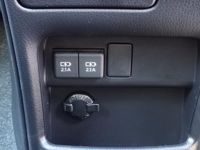 ZS 煌III /両側パワースライドドア/LEDヘッドライト&フォグ/メッキドアミラー/7人乗り/専用アルミホイール/プッシュスタート/スマートキー/オートエアコン/革巻きハンドル/登録済み未使用車(30枚目)