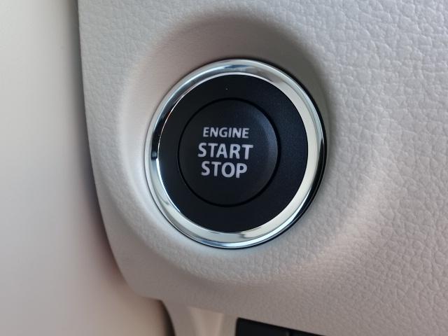 モード /衝突被害軽減ブレーキ/全方位カメラ/HIDヘッドライト/スマートキー/専用フロアマット/オートエアコン/シートヒーター/革巻きハンドル/ステアリングスイッチ/アイドリングストップ/届出済未使用車(13枚目)