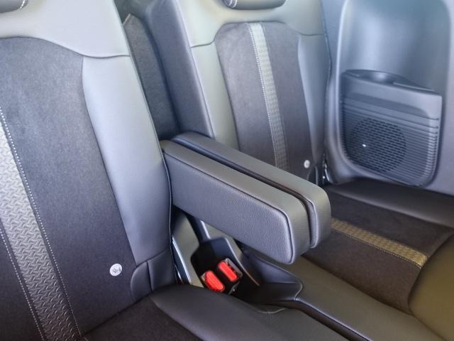 Lターボ /衝突被害軽減ブレーキ/スマートキー/両側電動スライドドア/バックカメラ/LEDヘッドライト/オートエアコン/クルーズコントロール/ステアリングスイッチ/プッシュスタート/充電用USB/届出済未使用(16枚目)