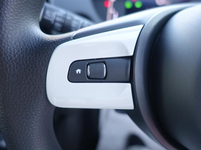 ホーム /スマートキー/衝突被害軽減ブレーキ/LEDヘッドライト/電動パーキング/オートクルーズコントロール/オートエアコン/登録済未使用車(14枚目)