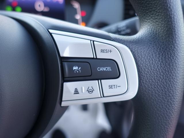 ホーム /スマートキー/衝突被害軽減ブレーキ/LEDヘッドライト/電動パーキング/オートクルーズコントロール/オートエアコン/登録済未使用車(15枚目)