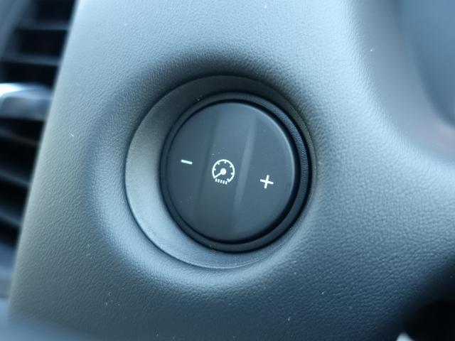 ホーム /スマートキー/衝突被害軽減ブレーキ/LEDヘッドライト/電動パーキング/オートクルーズコントロール/オートエアコン/登録済未使用車(18枚目)