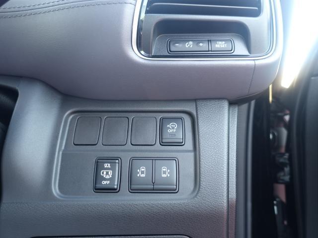 ハイウェイスターV /両側パワースライドドア/プロパイロット運転支援/LEDヘッドライト/8人乗り/衝突被害軽減ブレーキ/プッシュスタート/専用アルミ/全席USB充電ポート/登録済み未使用車(18枚目)