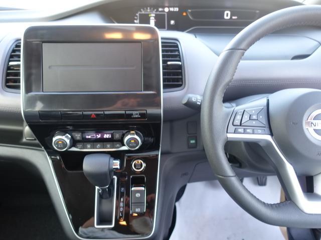 ハイウェイスターV /両側パワースライドドア/プロパイロット運転支援/LEDヘッドライト/8人乗り/衝突被害軽減ブレーキ/プッシュスタート/専用アルミ/全席USB充電ポート/登録済み未使用車(19枚目)