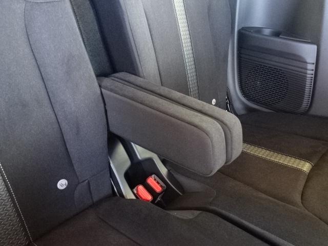 L /衝突被害軽減ブレーキ/スマートキー/電動スライドドア/バックカメラ/LEDヘッドライト/オートエアコン/クルーズコントロール/ステアリングスイッチ/プッシュスタート/充電用USB/届出済未使用(16枚目)