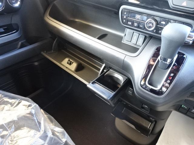 L /衝突被害軽減ブレーキ/スマートキー/電動スライドドア/バックカメラ/LEDヘッドライト/オートエアコン/クルーズコントロール/ステアリングスイッチ/プッシュスタート/充電用USB/届出済未使用(28枚目)