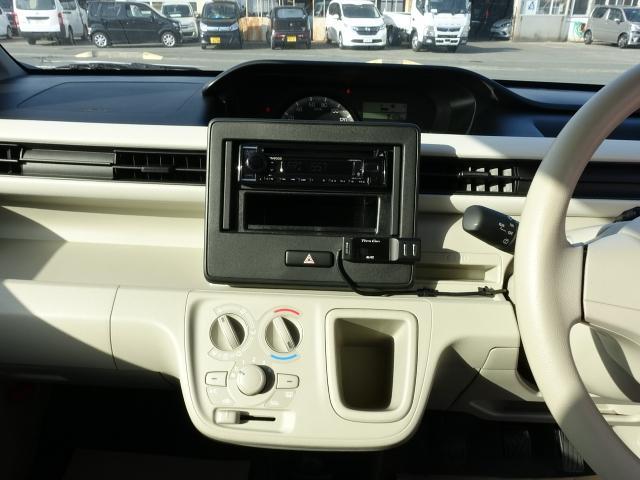FA /5MT/ETC/キーレス/電動ドアミラー/エアコン/エアバック/ABS/ディーラー試乗車(18枚目)