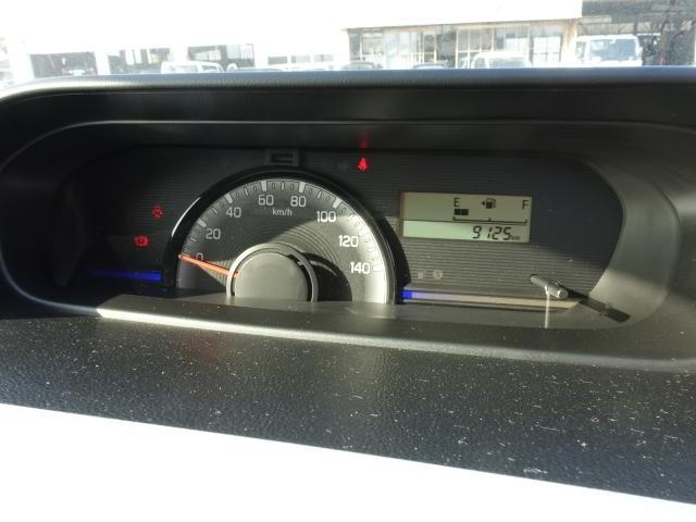 FA /5MT/ETC/キーレス/電動ドアミラー/エアコン/エアバック/ABS/ディーラー試乗車(25枚目)