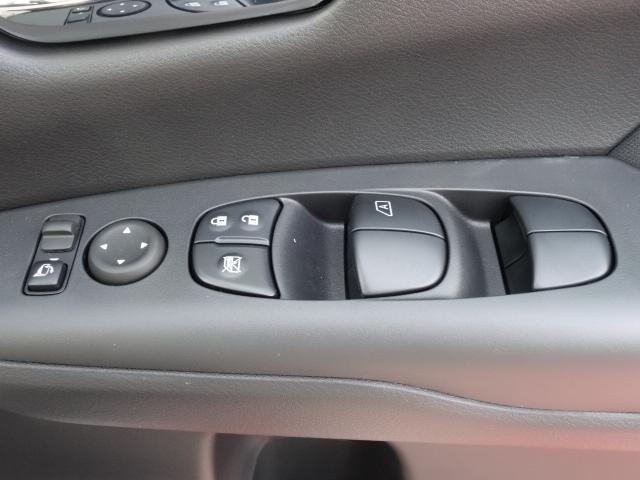 ハイウェイスターV アーバンクロム /特別仕様車/セーフティA/両側パワースライドドア/スマートルームミラー/プロパイロット/ハンズフリースライドドア/LEDヘッドライト/アラウンドビューモニター/8人乗り/登録済未使用車(16枚目)