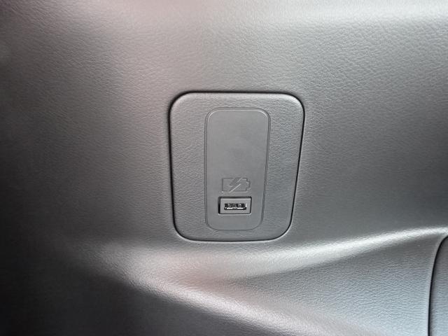 ハイウェイスターV アーバンクロム /特別仕様車/セーフティA/両側パワースライドドア/スマートルームミラー/プロパイロット/ハンズフリースライドドア/LEDヘッドライト/アラウンドビューモニター/8人乗り/登録済未使用車(9枚目)