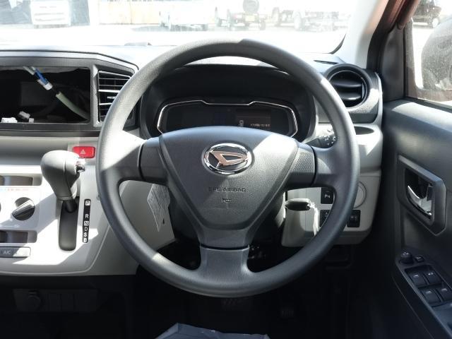 X リミテッドSAIII /特別仕様車/LEDヘッドライト/キーレス/前後障害物センサー/プライバシーガラス/バックカメラ/衝突被害軽減ブレーキサポート/電動格納ドアミラー/届出済未使用車(9枚目)