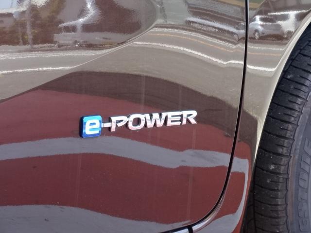 e-パワー X Vセレクション アラビュー /ハイブリッド/アラウンドビューモニター/デジタルルームミラー/ステアリングリモコン/純正カーナビ/フルセグTV/ドライブレコーダー/プッシュスタート/ディーラー試乗車(14枚目)