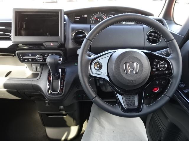 Lターボ /衝突被害軽減ブレーキ/スマートキー/両側電動スライドドア/バックカメラ/LEDヘッドライト/オートエアコン/クルーズコントロール/ステアリングスイッチ/プッシュスタート/充電用USB/届出済未使用(9枚目)