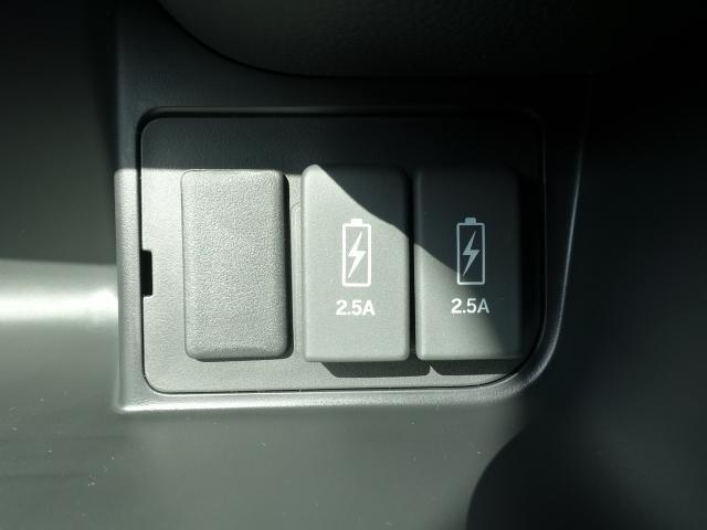 Lターボ /衝突被害軽減ブレーキ/スマートキー/両側電動スライドドア/バックカメラ/LEDヘッドライト/オートエアコン/クルーズコントロール/ステアリングスイッチ/プッシュスタート/充電用USB/届出済未使用(26枚目)