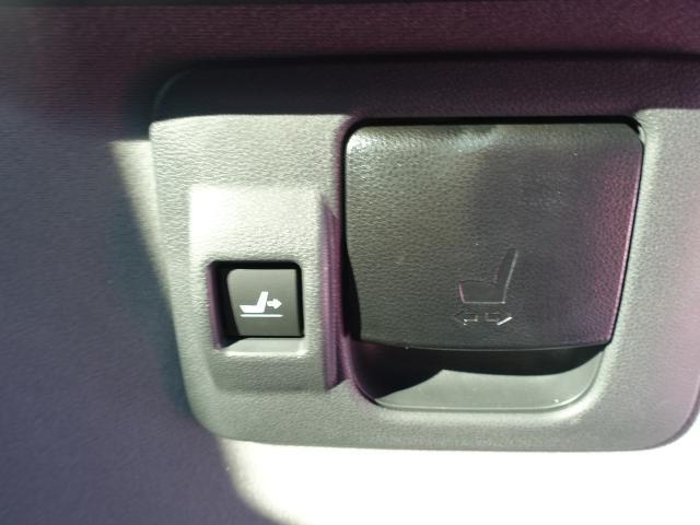 X /片側電動スライドドア/プッシュスタート/スマートキー/オートエアコン/ステアリングリモコン/LEDヘッドライト/衝突被害軽減ブレーキ/ディーラー試乗車(13枚目)