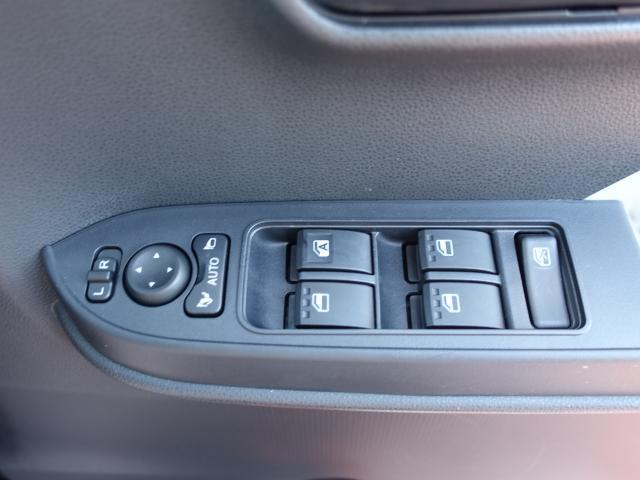 X /片側電動スライドドア/プッシュスタート/スマートキー/オートエアコン/ステアリングリモコン/LEDヘッドライト/衝突被害軽減ブレーキ/ディーラー試乗車(19枚目)