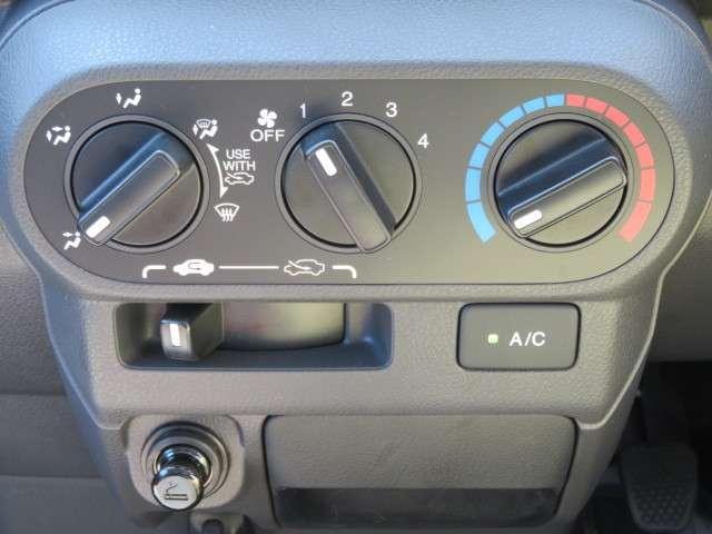 アタック 弊社デモカー CDオーディオ 4WD(7枚目)
