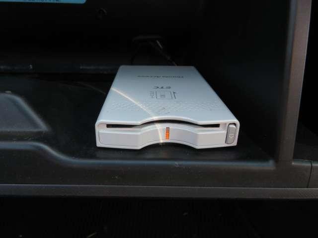 iL-D 4WD HDDナビ リアカメラ ETC(7枚目)