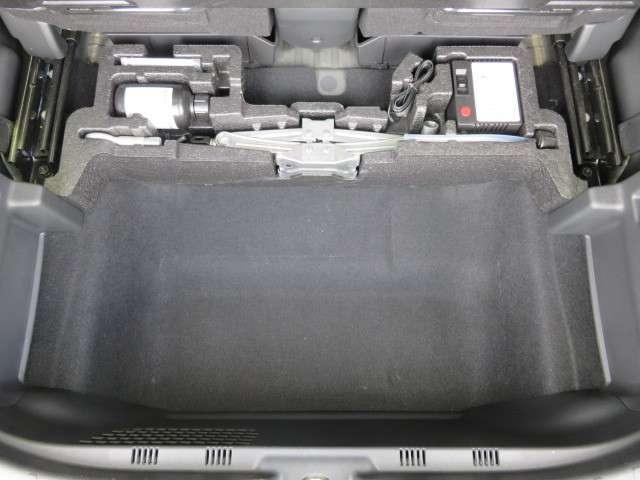 G・Lパッケージ 純正メモリーナビ フルセグTV リアカメラ ETC 充電端子 USB端子 スマートキー  後席シートスライド ホイールキャップ ワンオーナー 禁煙車(11枚目)