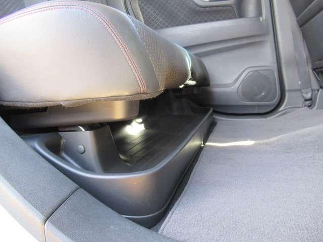 660 カスタムG SSクールパッケージ イクリプスメモリーナビ フルセグTV リアカメラ Bluetooth接続 低速域衝突軽減ブレーキ サイドカーテンエアバック アルミホイール ETC 禁煙車 ワンオーナー(9枚目)
