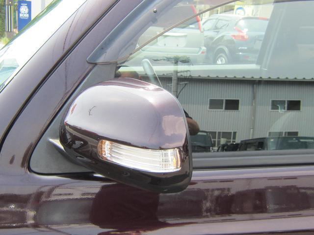 トヨタ bB Z Xバージョン HDDナビBカメラ