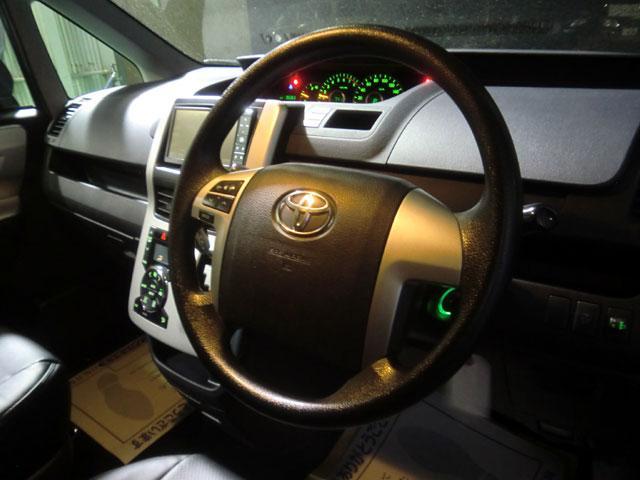 トヨタ ヴォクシー Z HDDナビ地デジ バックカメラ 新品革調シートカバー