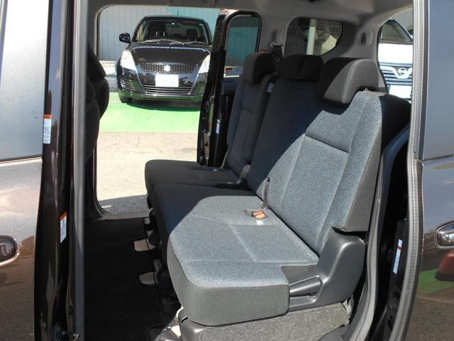 X ウェルキャブ X 車いす仕様車(タイプI)助手席側セカンドシート付(12枚目)