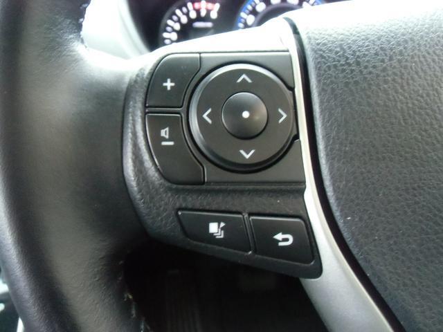 Xi 8名乗車 スマートキー デュアルオートエアコン ステアリングスイッチ 左側パワースライドドア ビルトインETC 純正ナビ フルセグTV バックカメラ Bluetooth接続(15枚目)