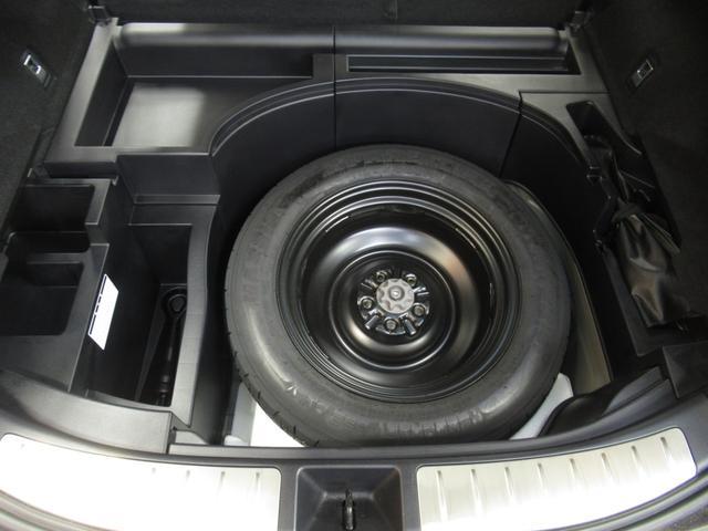 プレミアム ハーフレザー 電動シート 安全装備 衝突被害軽減システム 横滑り防止機能 ABS エアバッグ オートクルーズコントロール 盗難防止装置 アイドリングストップ バックカメラ ETC CD スマートキー(33枚目)
