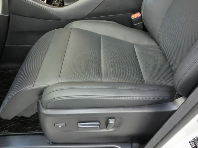 2.5S Cパッケージ 革シート 電動シート 安全装備 衝突被害軽減システム 横滑り防止機能 ABS エアバッグ オートクルーズコントロール 盗難防止装置 バックカメラ 後席モニター ETC ドラレコ CD スマートキー(25枚目)