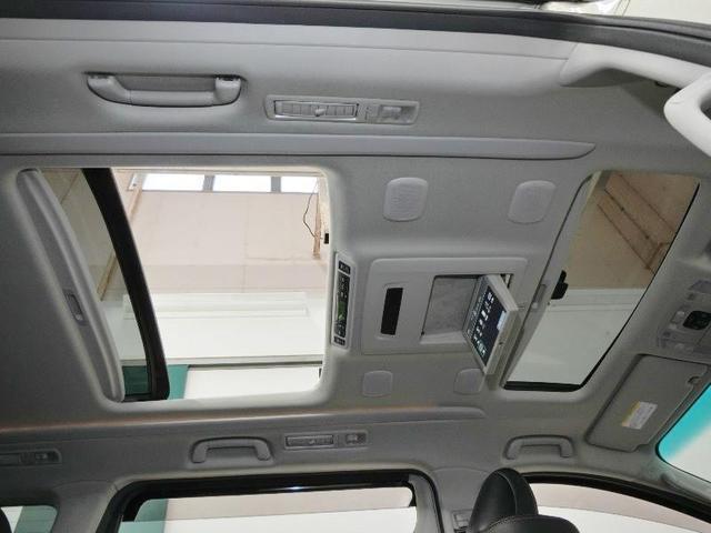 240S タイプゴールド サンルーフ 後席モニター 両側電動スライドドア 電動バックドア 純正地デジHDDナビ HIDヘッドライト クリアランスソナー バックカメラ 純正アルミホイール クルーズコントロール ワンオーナー(4枚目)