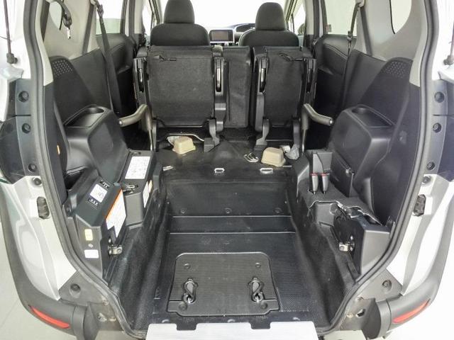 G クルマイスシヨウ 車椅子仕様タイプI スロープタイプ 車高調整機能 助手席側セカンドシート付き 純正メモリーナビ ETC スマートキー 純正アルミホイール アイドリングストップ ワンオーナー(5枚目)