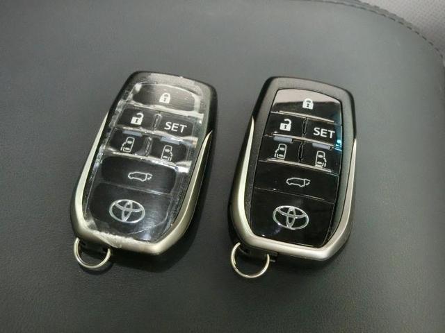 2.5S Cパッケージ サンルーフ トヨタセーフティセンス 両側電動スライドドア 電動バックドア 寒冷地仕様 アダプティブクルーズコントロール ディスプレイオーディオ BSM RCTA PKSB ワンオーナー 禁煙車(9枚目)