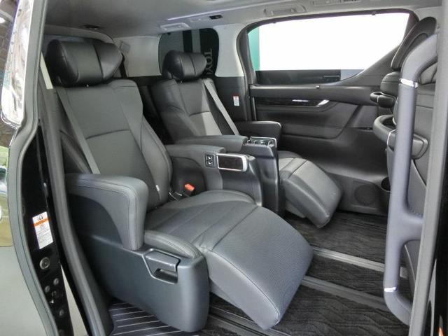 2.5S Cパッケージ サンルーフ トヨタセーフティセンス 両側電動スライドドア 電動バックドア 寒冷地仕様 アダプティブクルーズコントロール ディスプレイオーディオ BSM RCTA PKSB ワンオーナー 禁煙車(18枚目)