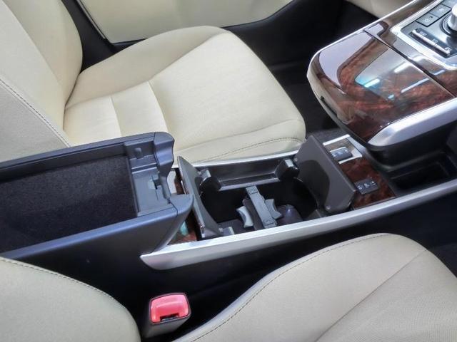 S Cパッケージ 純正地デジHDDナビ バックカメラ LEDヘッドライト カーテンエアバッグ 横滑り防止機構 純正16インチアルミホイール ETC クルーズコントロール スマートキー ワンオーナー 禁煙車(15枚目)