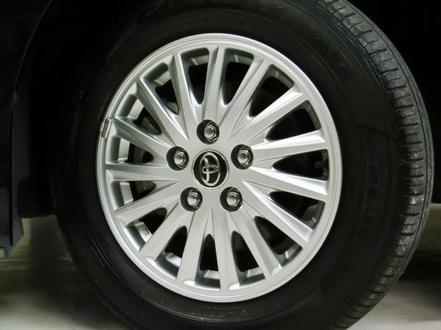 精悍なアルミホイール・タイヤは4本とも新品に交換します!
