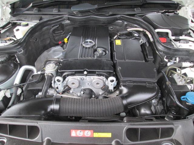 メルセデス・ベンツ M・ベンツ C200コンプレッサー アバンギャルド黒革シートワンオーナー