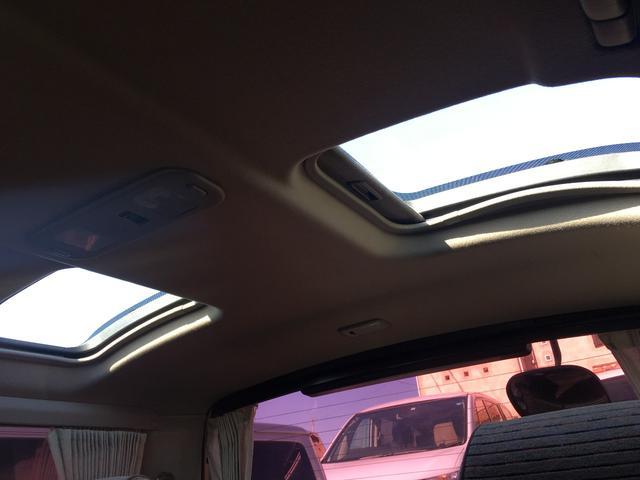トヨタ ハイエースワゴン スーパーカスタム ディーゼルターボ トリプルムーンルーフ