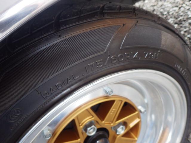 トヨタ クレスタ スーパールーセント 純正5速MT マークII14インチ