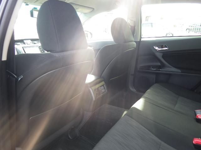 250G Sパッケージリラックスセレクション 純正アルミ スマートキー プッシュスタート HID HDDナビ バックカメラ Bluetooth ETC 前席パワーシート リアリクライニングシート パドルシフト トランクスポイラー(6枚目)