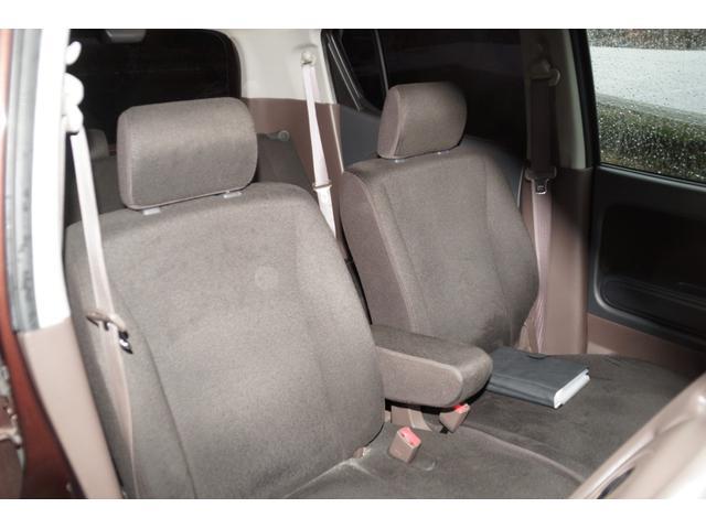 茶色いシートが可愛い仕様です