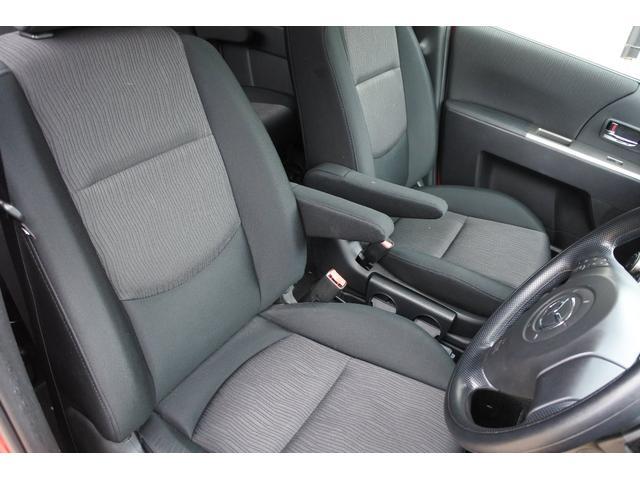 運転席と助手席です。