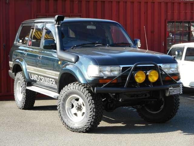 リフトアップやシュノーケル取り付け、公認車検等4WDも得意です!!