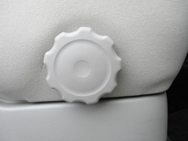 M e-アシスト CDラジオ FCMcity(衝突被害軽減ブレーキ)アイドリングストップ シートアンダートレイ 運転席シートヒーター(34枚目)